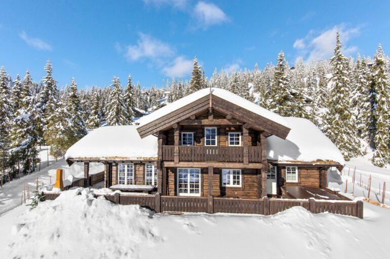 Дом деревянный экологически чистый