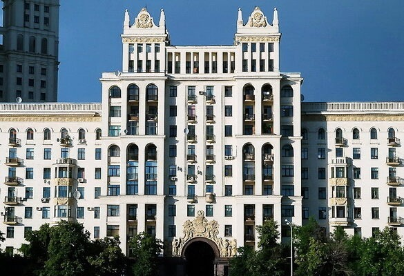 Дома сталинской эпохи