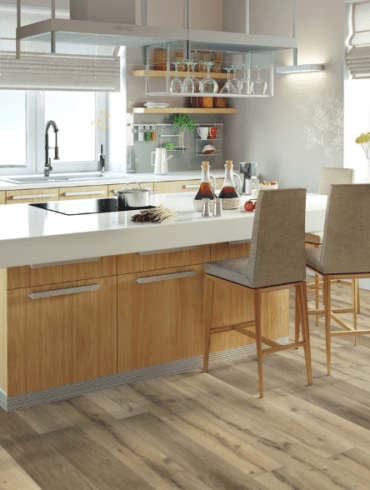 ламинат на кухне стоит или нет